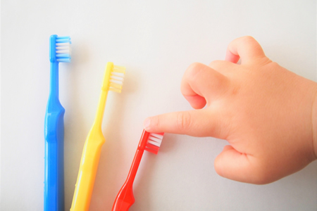 赤ちゃんの虫歯予防における注意点やケア方法