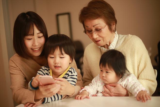子供を溺愛し何でもあげる祖父母に対しての正しい対応ってあるの?