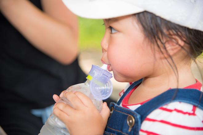 小さな子供も熱中症になる?知っておきたい症状と対策