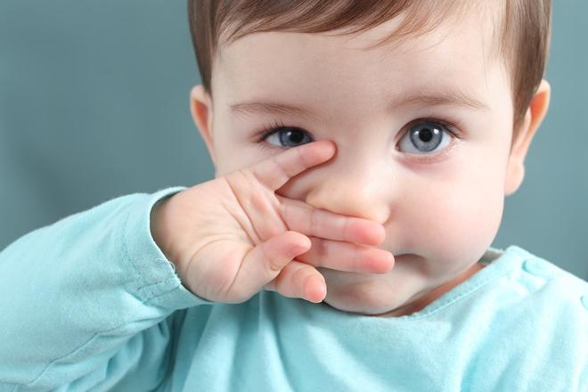 鼻水が止まらない赤ちゃんのホームケア方法や鼻水対策グッズの使い方の注意点