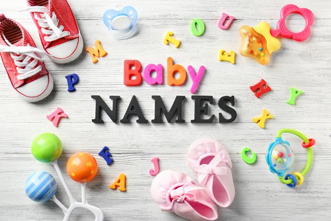 子供の名前はどう決めれば良い?名づけのポイントと基礎知識